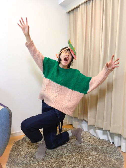 """能年玲奈 """"節分劇場""""にファン歓喜、10枚以上の連続写真で豆まき報告。5"""