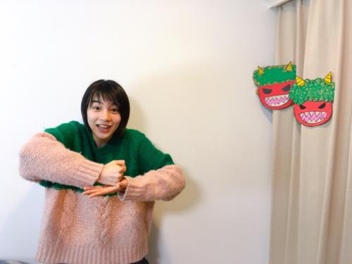 """能年玲奈 """"節分劇場""""にファン歓喜、10枚以上の連続写真で豆まき報告。7"""