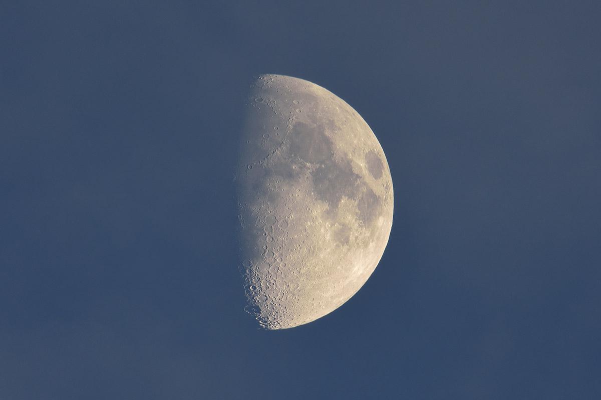 moon_151120_9496_4_1200_201511201949077b0.jpg