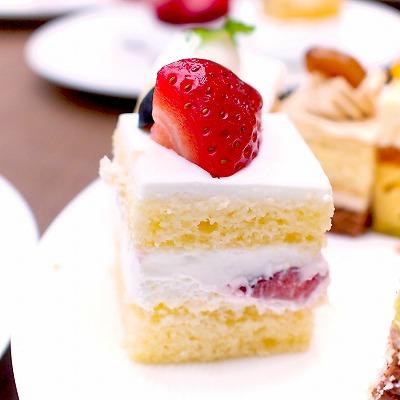 ショートケーキ(生クリーム) 02@東京ベイ舞浜ホテル クラブリゾート DINING SQUARE THE ATRIUM 2015年11月