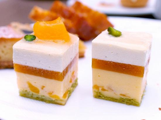 アプリコット アーモンド02@東京ベイ舞浜ホテル クラブリゾート DINING SQUARE THE ATRIUM 2015年11月