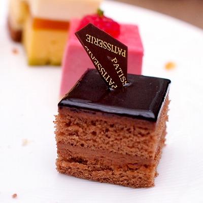 チョコレートケーキ02@東京ベイ舞浜ホテル クラブリゾート DINING SQUARE THE ATRIUM 2015年11月
