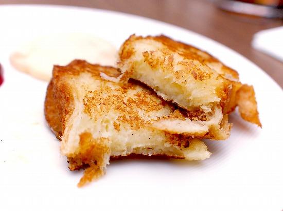 バタースコッチのフレンチトースト マスカルポーネクリームとベリーのコンポート02@東京ベイ舞浜ホテル クラブリゾート DINING SQUARE THE ATRIUM 2015年11月