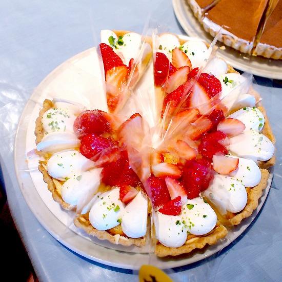 苺のタルト01@TART&CAKE BUFFET@MACARONI MARKET(マカロニ市場) 松戸店 2016年01月
