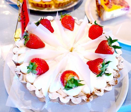苺のチーズタルト01@TART&CAKE BUFFET@MACARONI MARKET(マカロニ市場) 松戸店 2016年01月