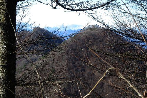 中ノ岳と十二ヶ岳