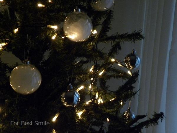 01>2015年のシンプルなクリスマスツリー