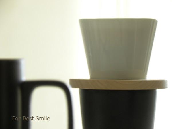07>コーヒー用ドーナツドリッパー