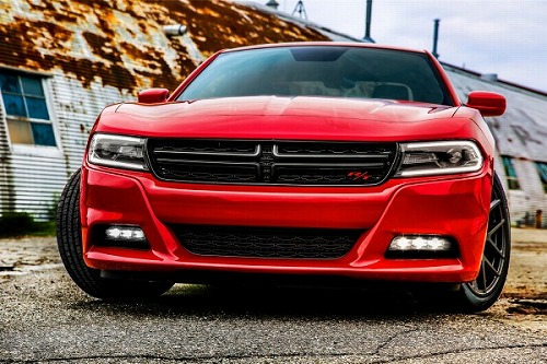 2015_dodge_charger_front_ns_80714_600.jpg
