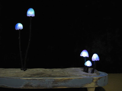 Mushroom-lamps-make-your-bedroom-enchanting-at-night8-830x623.jpg