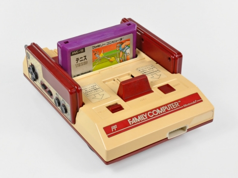 famicom_teardown03.jpg