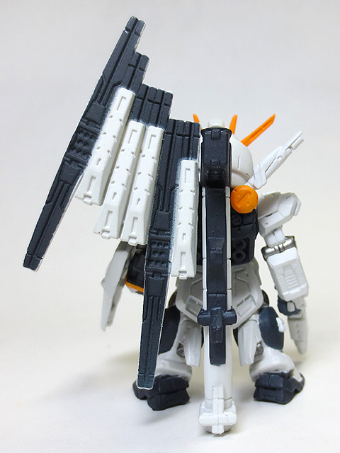 Gundam_Converge_sharp01_120_v_Gundam_23.jpg