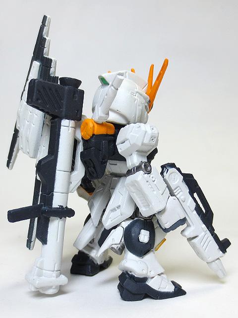 Gundam_Converge_sharp01_120_v_Gundam_24.jpg
