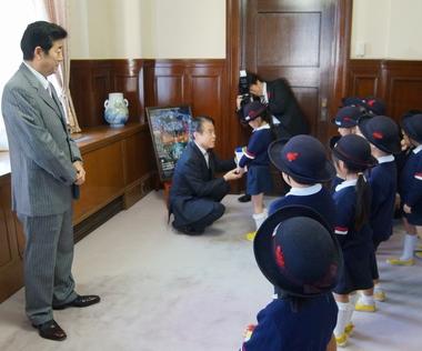 「NHK歳末たすけあい」にご協力ありがとうございました。 ~大阪商業大学附属幼稚園~