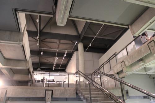0013:佐賀県立博物館 細かく積層した展示スペース