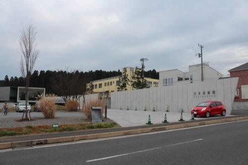 0033:ホキ美術館 美術館南側②