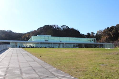 0034:横須賀美術館 美術館全景②