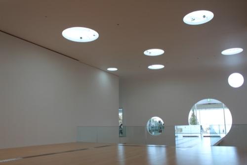 0034:横須賀美術館 館内エントランス