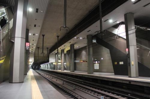 0037:新高島駅舎 メイン