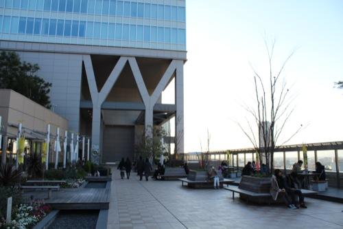 0040:大阪駅舎 ノースゲートビル 『風の広場』