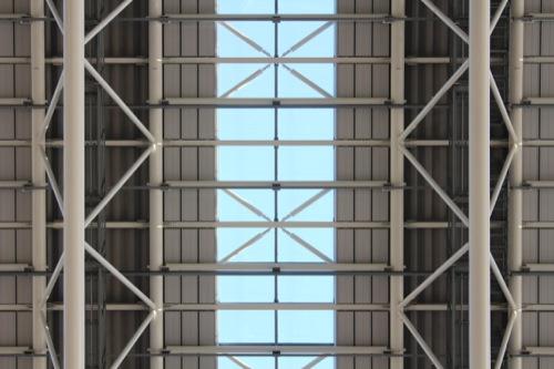 0040:大阪駅舎 時空の広場 大屋根を見上げる