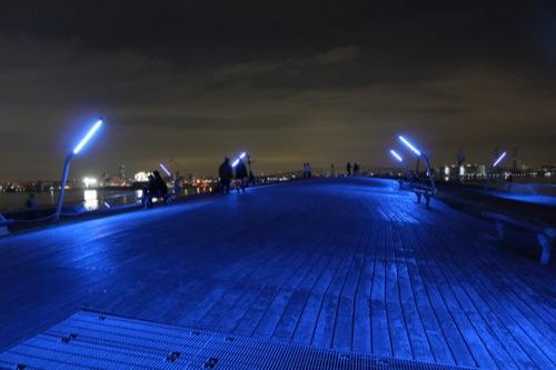 0044:横浜大さん橋ターミナル 埠頭突端部分の屋上広場