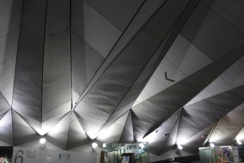 0044:横浜大さん橋ターミナル ロビー天井部分