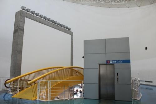 0045:長崎港ターミナルビル エントランスホール2階から