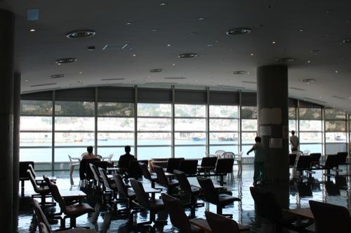 0045:長崎港ターミナルビル 2階待合室①