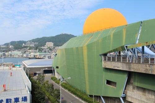 0047:長崎港上屋C棟 通路から港をみる