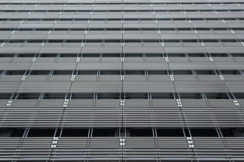0048:ソニーシティー大崎 アルミ製のバイオスキン