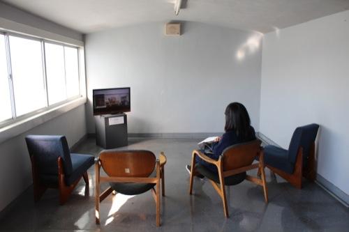 0050:神奈川県立近代美術館鎌倉館 学芸員室の中