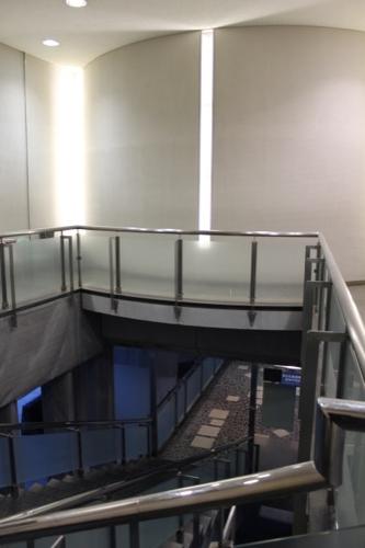0061:広島平和記念資料館 資料館出口となる階段