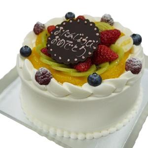 フルーツショートのバースデーケーキ
