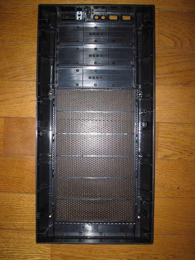 PC ケース Antec Three Hundred Two AB フロントパネル、フロントメッシュ、ダストフィルター 内側