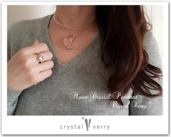 水晶 月のペンダント クリスタル ベリー