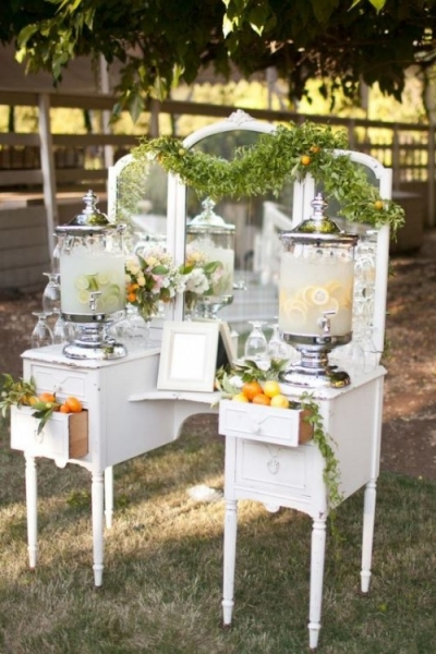 25-beautiful-and-practical-ways-to-use-a-vintage-dresser-in-your-wedding-14-500x750.jpg
