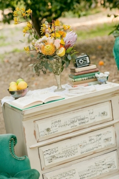 25-beautiful-and-practical-ways-to-use-a-vintage-dresser-in-your-wedding-24-500x750.jpg