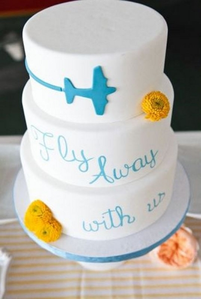 28-beautiful-travel-themed-wedding-cakes-25.jpg