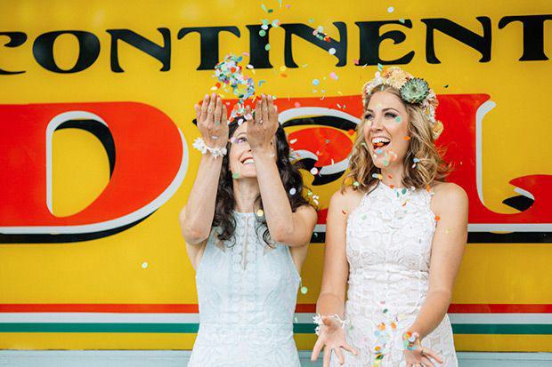 Confetti-wedding-pictures-02.jpg