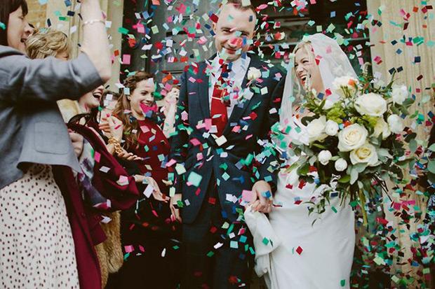 Confetti-wedding-pictures.jpg