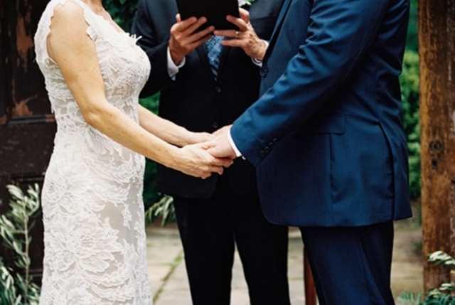 elegant-and-romantic-woodland-wedding-inspiration-13-750x503.jpg