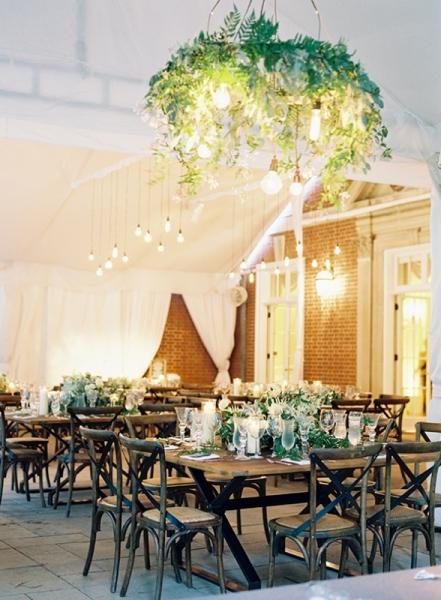 elegant-and-romantic-woodland-wedding-inspiration-18.jpg