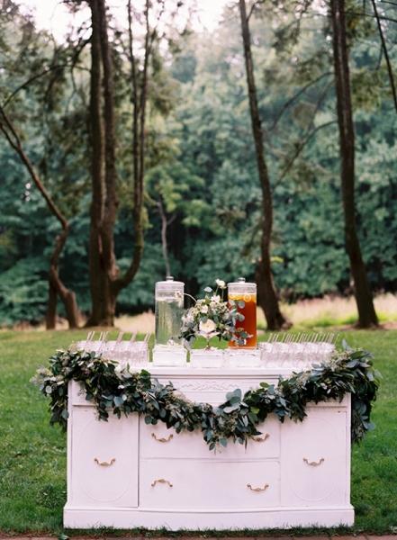 elegant-and-romantic-woodland-wedding-inspiration-6.jpg