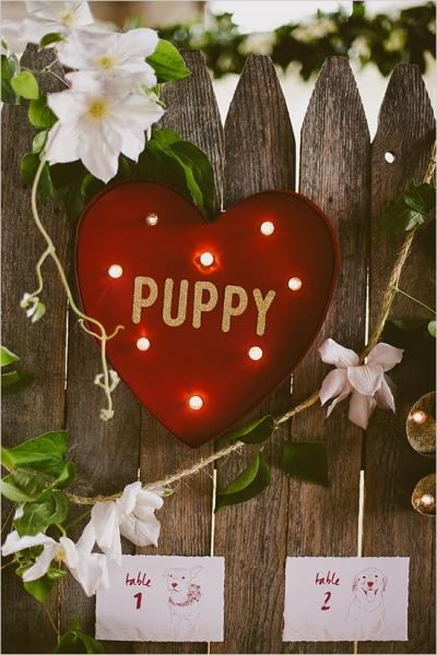 puppyloveseatingsign.jpg