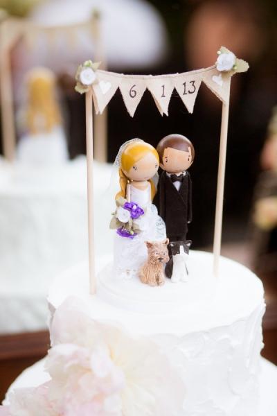 wooden-doll-couple-wedding-cake-topper-ideas_2015121417384790f.jpg