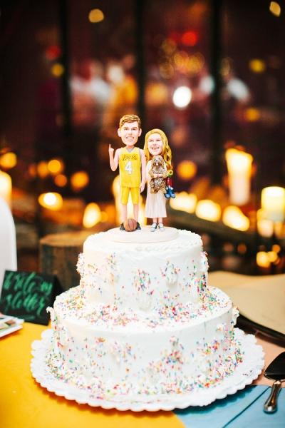 wooden-nodder-couple-wedding-cake-toppers.jpg