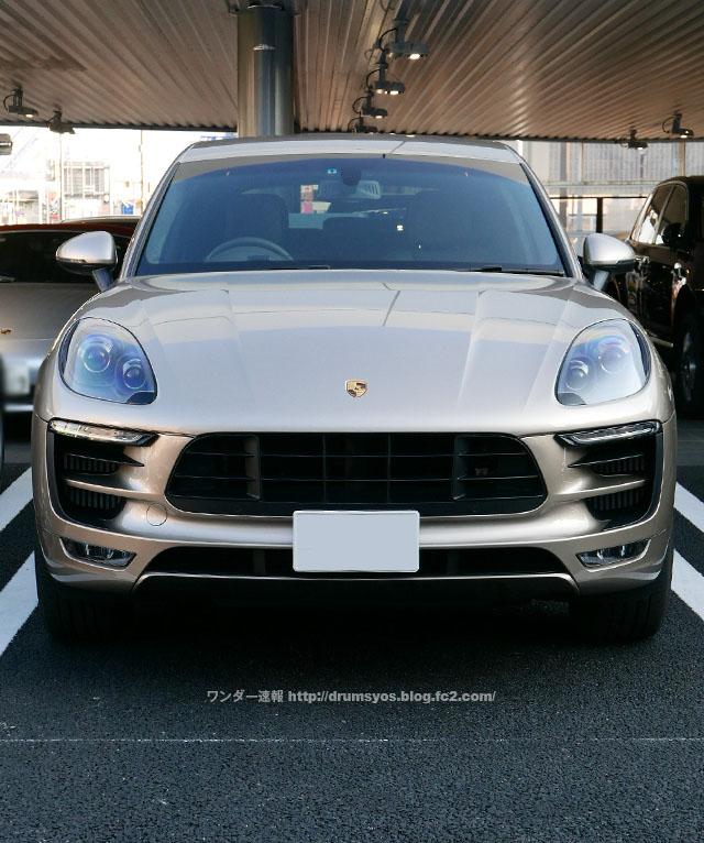 PorscheMacan31.jpg