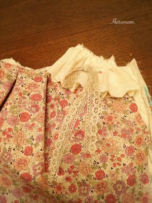 グラニーバッグの飾りに、布花のコサージュを作ってみました