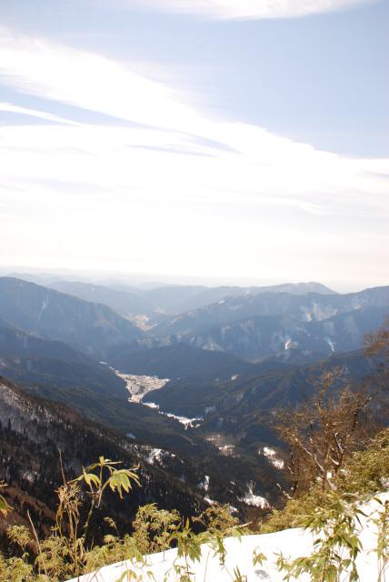 山頂からの展望_麓を見下ろす